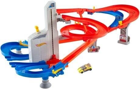 Mattel Hot Wheels Rychlostní dráha s výtahem