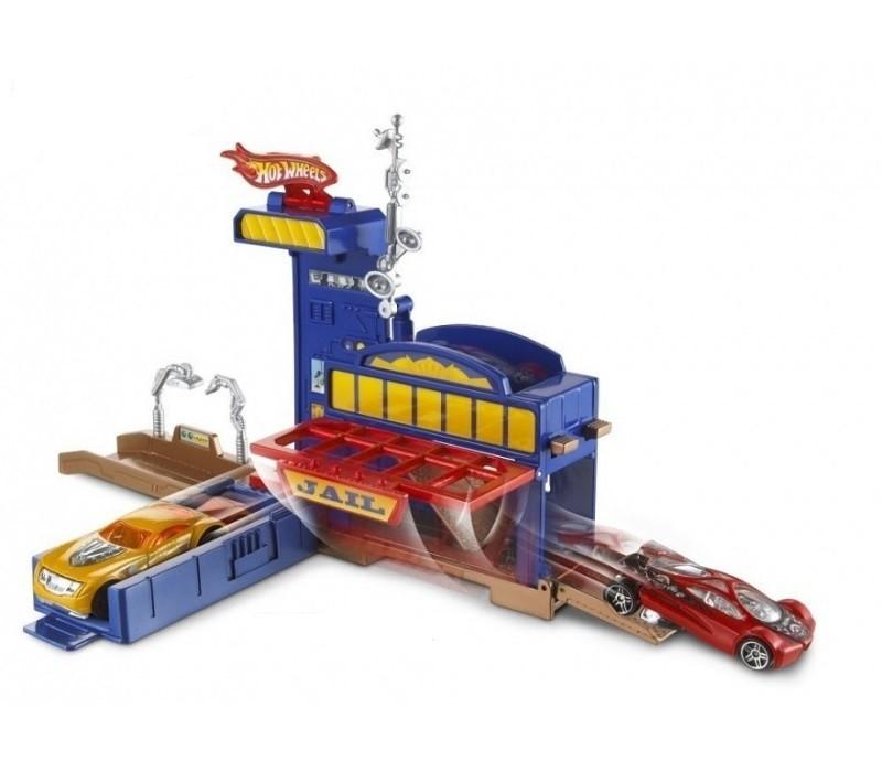 Mattel Hot Wheels Policejní honička